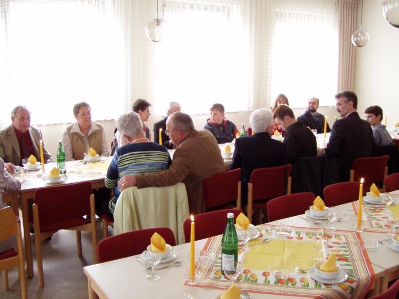 http://www.vitus-gemeinde.de/galerien/cache/vs_01%202005_01%20Ordensjubil%E4um%20der%20Schwestern%20(27.03.2005)_schwestern__23.jpg