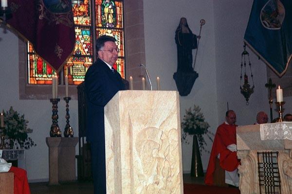 http://www.vitus-gemeinde.de/galerien/cache/vs_01%202005_03%20Orgelweihe%20(15.05.2005)_orgelweihe09.jpg