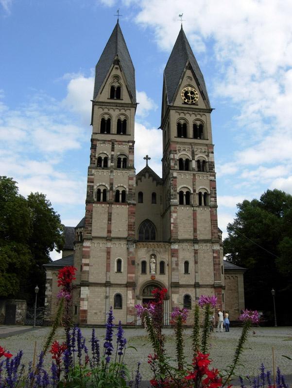 http://www.vitus-gemeinde.de/galerien/cache/vs_03%202007_11%20Wallfahrt%20nach%20Dernbach%20(17.-18.08.2007)_dernbach__19.jpg