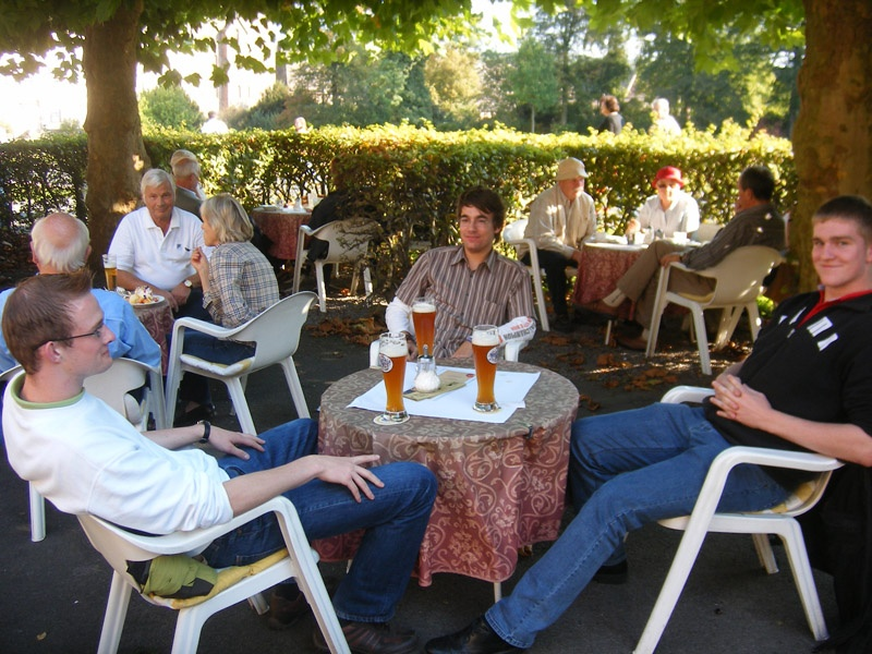 http://www.vitus-gemeinde.de/galerien/cache/vs_03%202007_12%20Ausflug%20nach%20Corvey%20(22.09.2007)_corvey__19.jpg