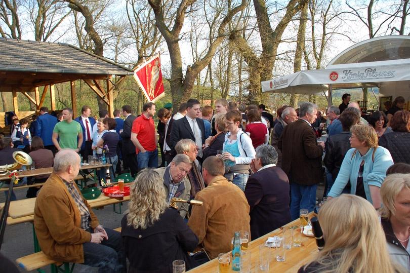 http://www.vitus-gemeinde.de/galerien/cache/vs_03%202008_02%20K%F6nigschie%DFen%20St.%20Johannes%20(03.05.2008)_johannes__15.jpg