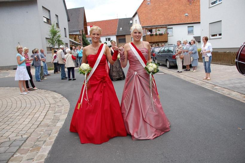 http://www.vitus-gemeinde.de/galerien/cache/vs_03%202008_07%20Sch%FCtzenfest:%20Festum%FCge%20(21.-22.06.2008)_umzug__sa__080.jpg