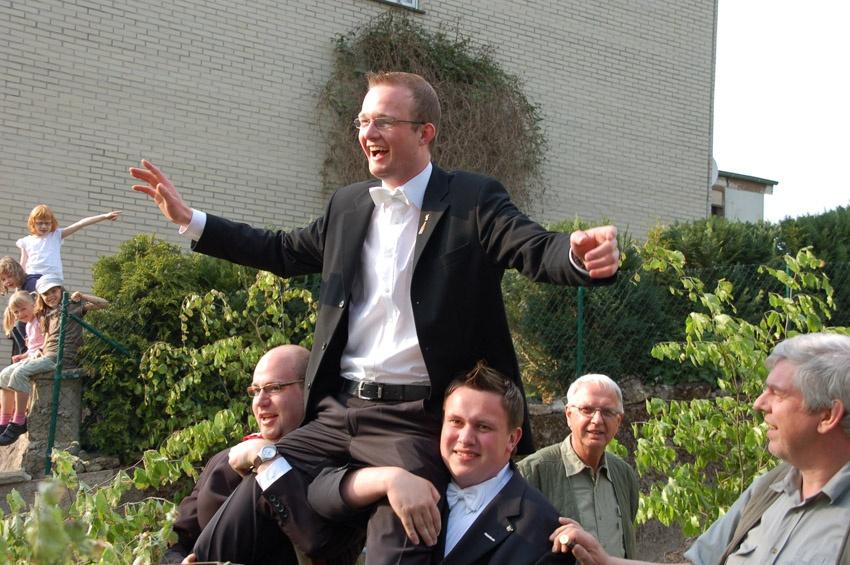 http://www.vitus-gemeinde.de/galerien/cache/vs_04%202009_05%20K%F6nigschie%DFen%20St.%20Johannes%20(02.05.2009)_johannes__08.jpg