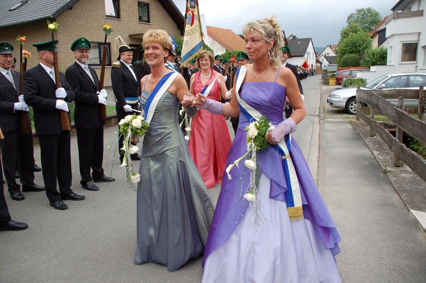 http://www.vitus-gemeinde.de/galerien/cache/vs_04%202009_09%20Sch%FCtzenfest:%20Festumz%FCge%20(27.-28.06.2009)_umzug__sa__021.jpg