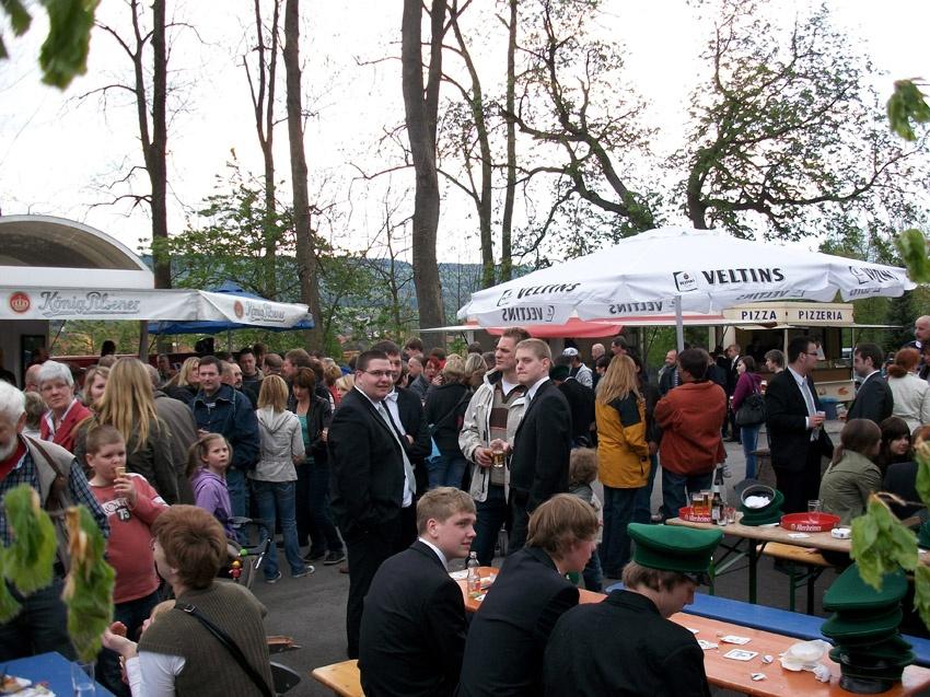 http://www.vitus-gemeinde.de/galerien/cache/vs_05%202010_02%20K%F6nigschie%DFen%20St.%20Johannes%20(01.05.2010)_johannes__10.jpg