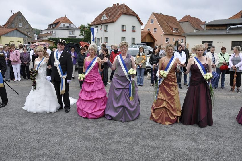 http://www.vitus-gemeinde.de/galerien/cache/vs_06%202011_05%20Sch%FCtzenfest:%20Festumz%FCge%20(25.-26.06.2011)_umzug__sa__025.jpg