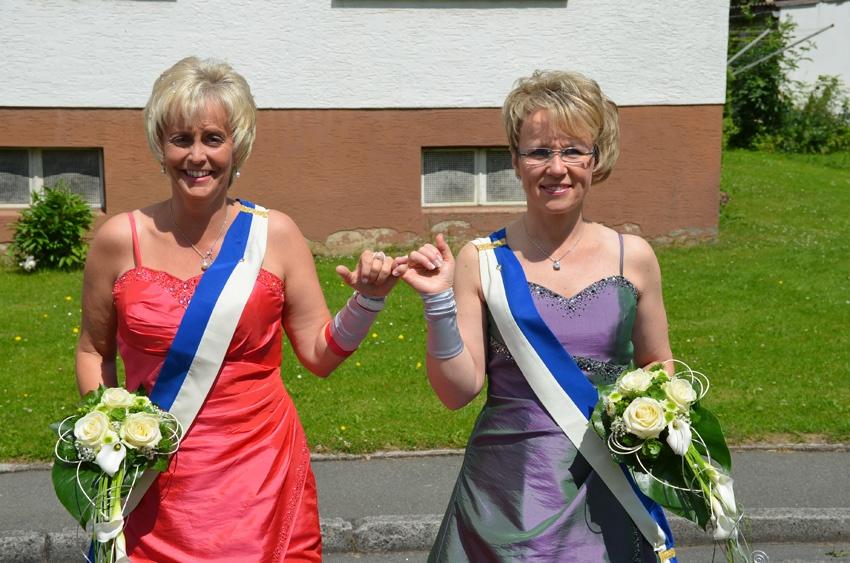 http://www.vitus-gemeinde.de/galerien/cache/vs_07%202012_05%20Sch%FCtzenfest:%20Festumz%FCge%20(23.-24.06.2012)_umzug__sa__046.jpg