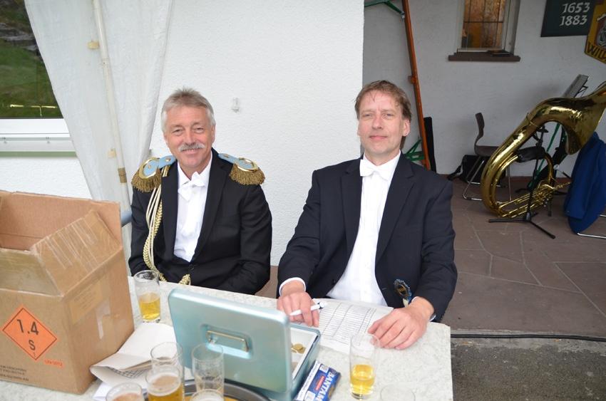 http://www.vitus-gemeinde.de/galerien/cache/vs_09%202014_05%20K%F6nigschie%DFen%20St.%20Sebastian%20(14.06.2014)_sebastian__01.jpg